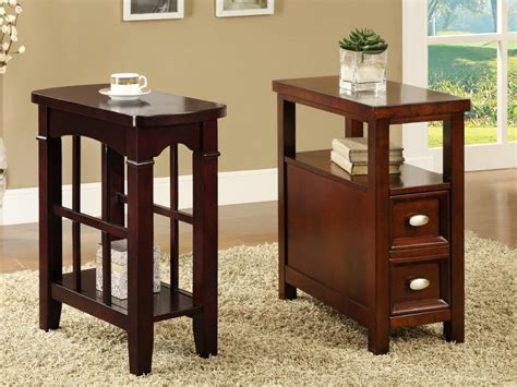 Small Side Table Ideas To Decorate Your Modern Living Room
