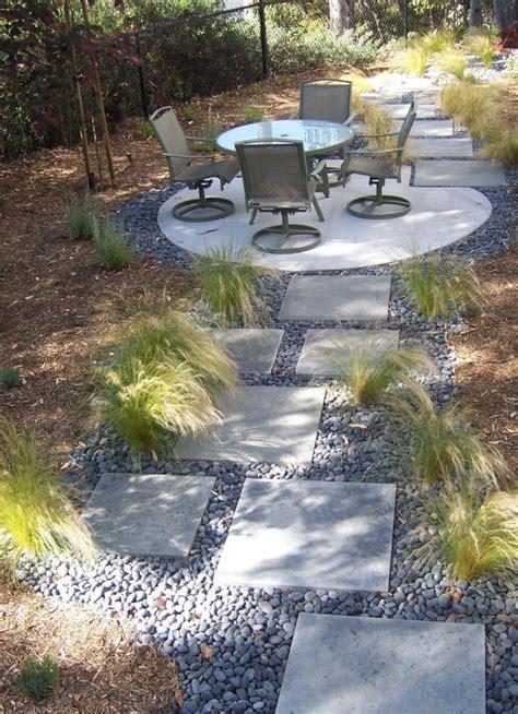 the 2 minute gardener photo modern stepping pathway