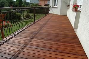 bangkirai balkon alle ideen uber home design With balkon teppich mit rasch tapete cosmopolitan
