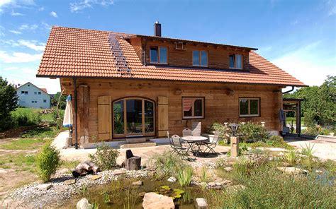 Haus Mit Kniestock Und Schleppgaube  Duffner Blockbau