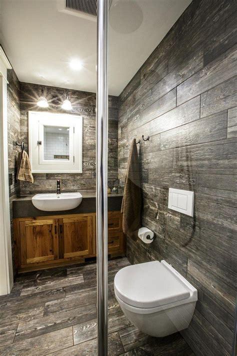 Creative Ways to Decorate your Farmhouse Bathroom - Decor