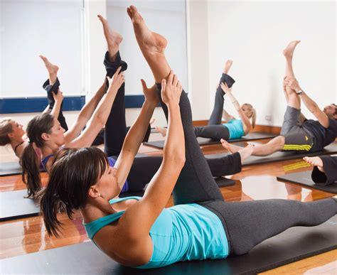 modernwell pilates mat class  camille