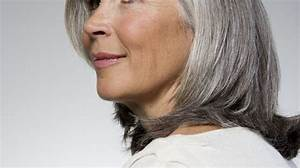 Couleur Ou Meche Pour Cacher Cheveux Blancs : cheveux blancs comment masquer ou assumer ses cheveux blancs l 39 express styles ~ Melissatoandfro.com Idées de Décoration