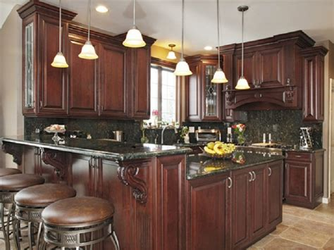 traditional style kitchen cabinets how to create the traditional kitchen 6340