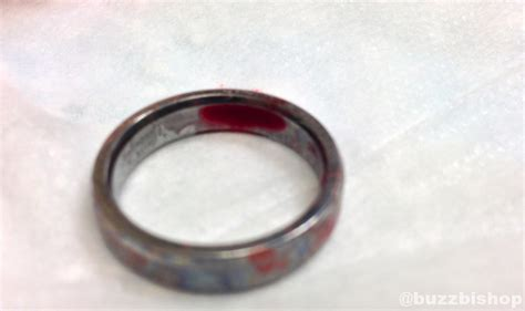 how to remove a ring that s stuck your finger