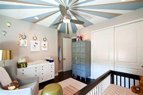 kinderzimmer decke gestalten travel nursery painted ceiling design baby walters aka