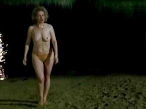 Nackt Cristina Bell-Reyer  Nora Tschirner