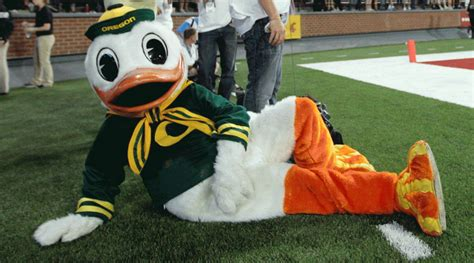 win  tinder date   oregon duck sicom