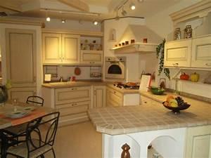 Scavolini cucina belvedere country legno cucine a prezzi for Cucine country scavolini