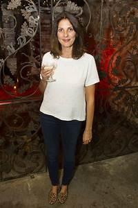 Gina Bellman Latest Photos - CelebMafia
