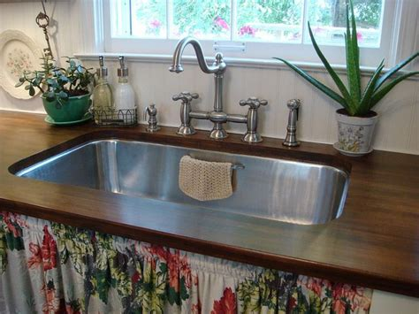 cottage kitchen images 44 best country kitchens countertops images on 2653
