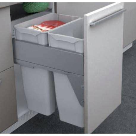 meuble cache poubelle cuisine les 25 meilleures idées de la catégorie poubelle sous