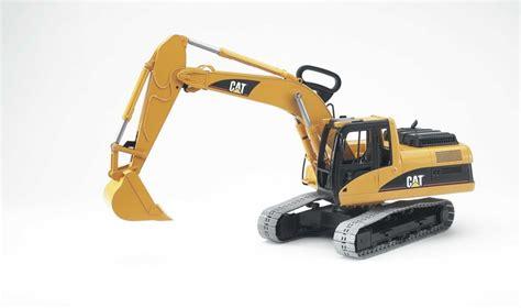 bruder excavator bruder caterpillar plastic toy excavator 02438 catmodels com