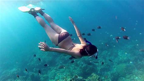 Snorkeling Green Island - YouTube