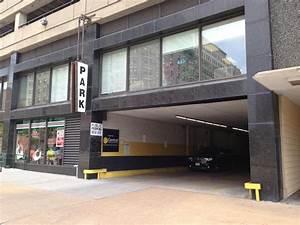 Garage Saint Louis : 1168 locust st garage parking in saint louis parkme ~ Gottalentnigeria.com Avis de Voitures