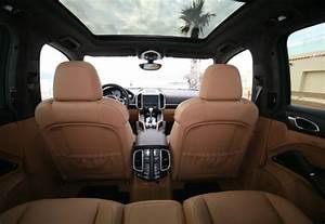 Porsche 4 Places : location porsche cayenne gts louer le 4x4 porsche cayenne gts tarif et photos aaa luxury ~ Medecine-chirurgie-esthetiques.com Avis de Voitures