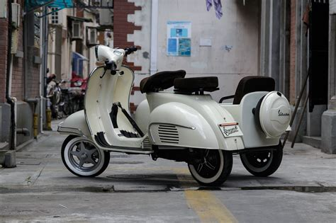 Shanghai Customs 100% Electric Sidecar Scooter