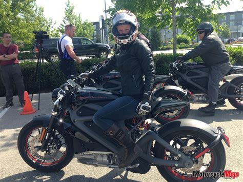 Harley-davidson Livewire Electric Motorcycle Review And