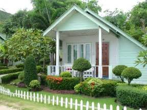 small house front landscaping landscaping design ideas for front of house gardennajwa com
