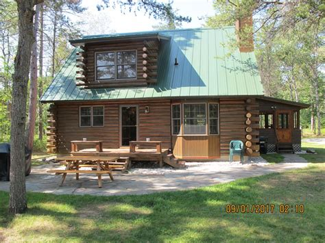 traverse city cabins river traverse city log cabin your fishing