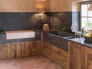 deco cuisine bois naturel With idee deco cuisine avec table en pierre