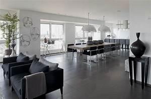 Wohnzimmer Boden Grau : ein apartment f r eine junge familie ~ Markanthonyermac.com Haus und Dekorationen
