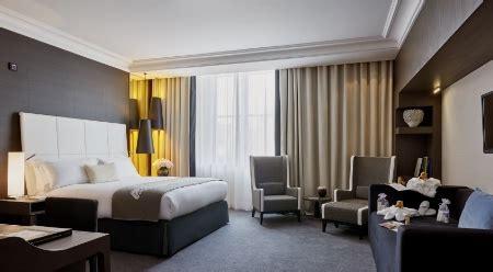 hotel chambre familiale tours les chambres familiales ont le vent en poupe