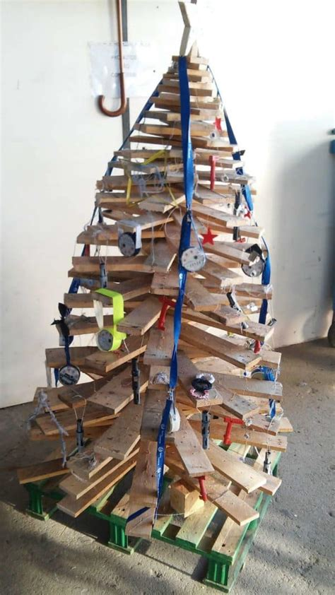 christmas trees   recycled materials recyclart