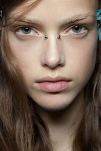 90 Funky Bridge Piercing Ideas for Your Alternative Looks