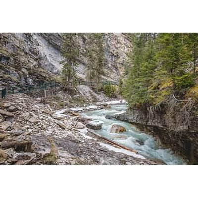 Hiking Johnston Canyon in Banff - Eat Work TravelLuxury