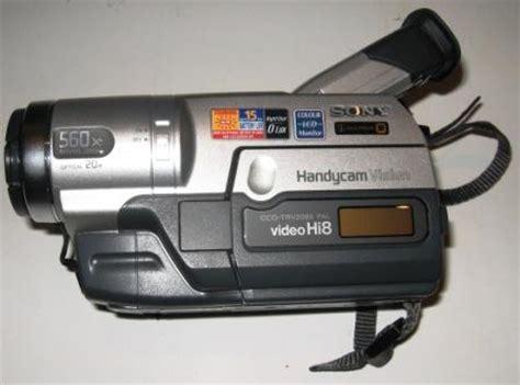 camescope sony ccd trv208e hi8 8mm bon etat de fonctionnement comme neuf