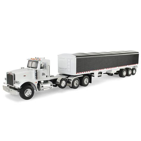 model semi trucks john deere 1 16 scale big farm peterbilt model 367 semi