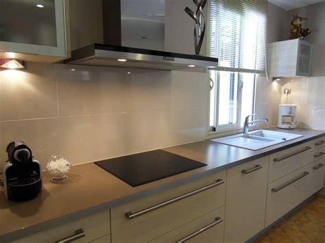 credence cuisine carrelage carrelage credence cuisine design maison design bahbe com