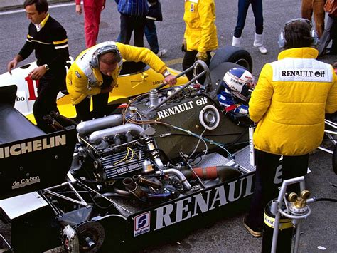 renault f1 tank renault s new f1 engine emphasizes energy recovery fuel