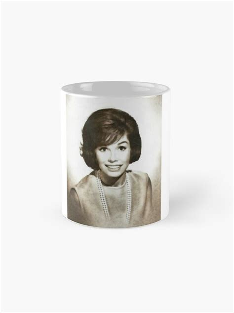 """Let's tip — better yet throw — a cap to mary tyler moore, an icon who blazed a comedic trail and created tv magic. """"Mary Tyler Moore, Vintage Actress"""" Mug by SerpentFilms   Redbubble"""