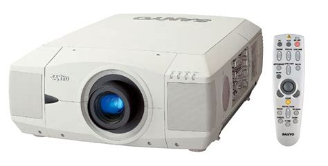 sanyo plc xf20 lcd projector 5000 ansi lumens resolution