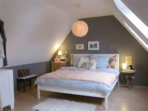 dachgeschoss schlafzimmer http toemoss wallpaper 90 grau dachgeschoss idee dachgeschoss schlafzimmer ideen grau