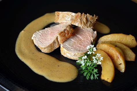 cuisiner filet mignon de porc filet mignon à la normande recette du filet mignon aux