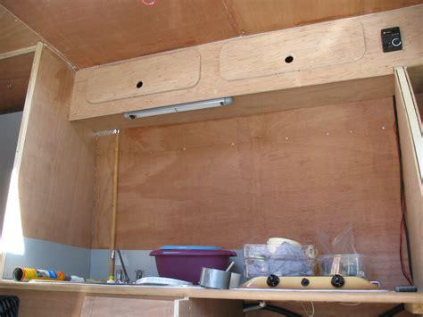 table de cuisine amovible le fourgon aménagé d 39 olivier et josiane poimobile