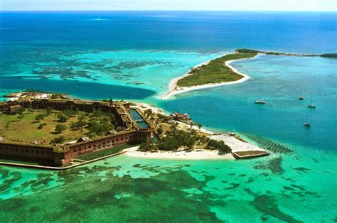 Houseboats For Sale Ta Florida by Deserted Places Fort Jefferson An Abandoned Island