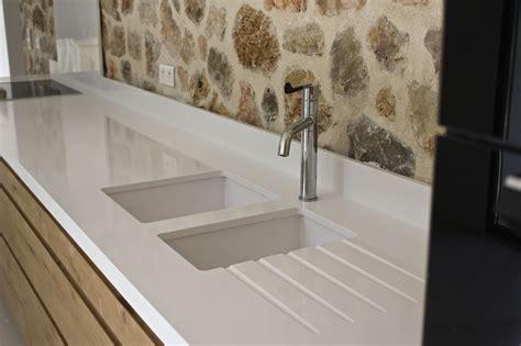 plan de travail cuisine quartz blanc plan de travail cuisine quartz blanc cuve eviers