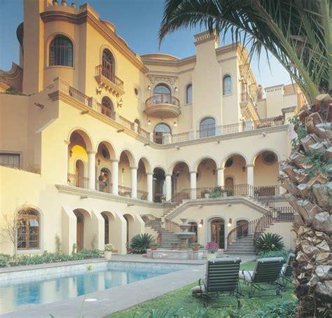 casa carino   square foot mansion  mexico