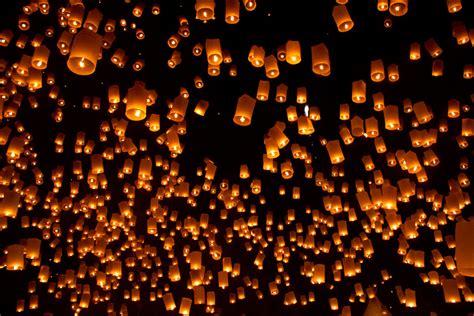 what i like floating lanterns