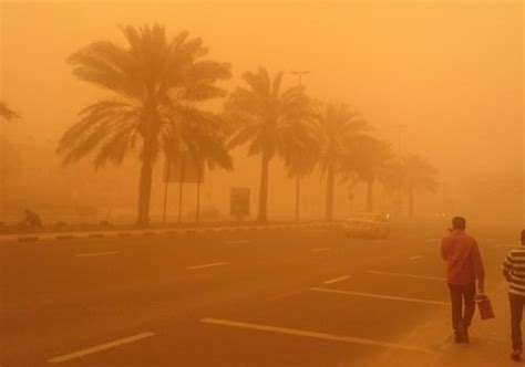 bureau a distance sandstorm warning issued for the uae gulf business