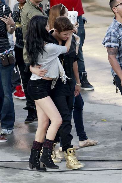 Selena Justin Gomez Bieber Boyfriend Kiss Hawtcelebs