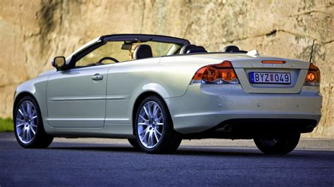 Volvo C70 2005 Wallpapers And Hd Images Car Pixel