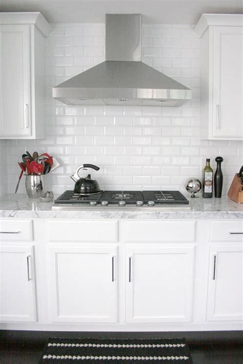White Cabinets Dark Countertop Backsplash by Black White Kitchen Breakfast Nook Erika Brechtel