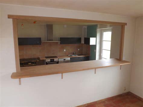 passe plats pour cuisine agencement intérieur relooker logement empreinte bois