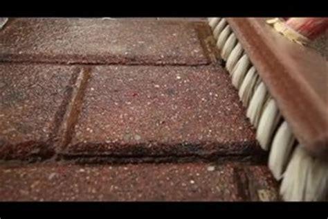 Sandstein Reinigen Flecken by Wei 223 E Flecken Auf Pflastersteinen Entfernen So Geht S