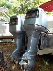 For Sale  Pair 1991 Yamaha 250 Outboard Engines